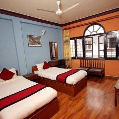 Отель Holy Lodge Непал, Катманду - 1 отзыв об отеле, цены и фото номеров - забронировать отель Holy Lodge онлайн комната для гостей фото 3
