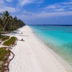 Отель UI Inn Мальдивы, Хулхумале - 1 отзыв об отеле, цены и фото номеров - забронировать отель UI Inn онлайн пляж фото 2