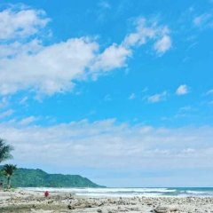 Beach Break Hotel Калетас пляж