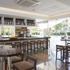 Отель Ayron Park гостиничный бар