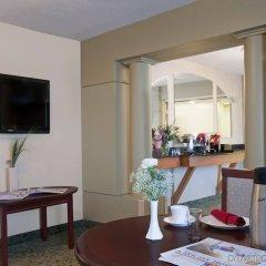 Отель Holiday Inn Ottawa East Канада, Оттава - отзывы, цены и фото номеров - забронировать отель Holiday Inn Ottawa East онлайн в номере