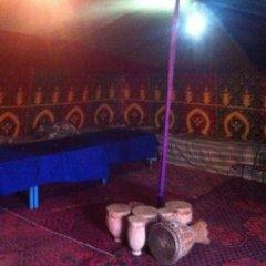 Отель Auberge Chez Julia Марокко, Мерзуга - отзывы, цены и фото номеров - забронировать отель Auberge Chez Julia онлайн фитнесс-зал фото 2