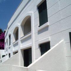 Отель Secret Garden Apartments Черногория, Свети-Стефан - отзывы, цены и фото номеров - забронировать отель Secret Garden Apartments онлайн парковка