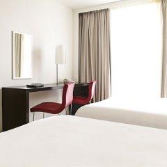 Отель Novotel London West удобства в номере