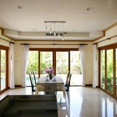 Отель Bangtao Tropical Residence Resort & Spa фитнесс-зал
