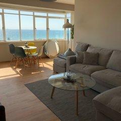Отель 2 Bedroom Flat With Stunning Sea Views and Balcony Брайтон комната для гостей фото 2