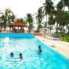 Отель Golden Star Beach Hotel Шри-Ланка, Негомбо - отзывы, цены и фото номеров - забронировать отель Golden Star Beach Hotel онлайн бассейн фото 2