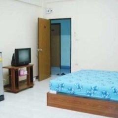 Отель Akekachat Mansion Бангкок комната для гостей