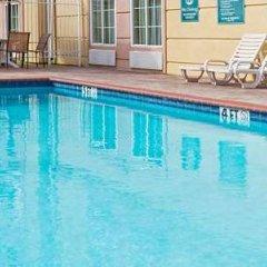 Отель La Quinta Inn & Suites Vicksburg США, Виксбург - отзывы, цены и фото номеров - забронировать отель La Quinta Inn & Suites Vicksburg онлайн бассейн фото 3