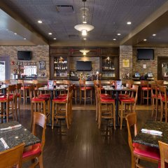 Отель Sheraton at the Falls США, Ниагара-Фолс - отзывы, цены и фото номеров - забронировать отель Sheraton at the Falls онлайн гостиничный бар
