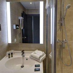 Hotel Arles Plaza Арль ванная