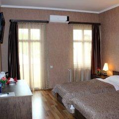 Darchi Hotel Тбилиси сейф в номере