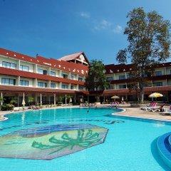 Pattaya Garden Hotel бассейн