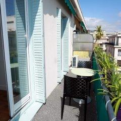 Отель Centragence - Le Voltaire Франция, Ницца - отзывы, цены и фото номеров - забронировать отель Centragence - Le Voltaire онлайн балкон