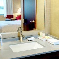 Отель Four Points by Sheraton Niagara Falls США, Ниагара-Фолс - отзывы, цены и фото номеров - забронировать отель Four Points by Sheraton Niagara Falls онлайн ванная