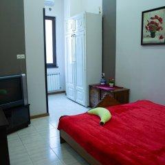 Отель Eder Hostel & Tours Армения, Ереван - отзывы, цены и фото номеров - забронировать отель Eder Hostel & Tours онлайн комната для гостей