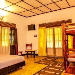 Отель Train View Chalet комната для гостей фото 4