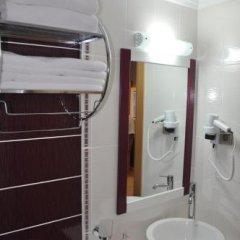Gebze Palas Hotel Турция, Гебзе - отзывы, цены и фото номеров - забронировать отель Gebze Palas Hotel онлайн ванная фото 2