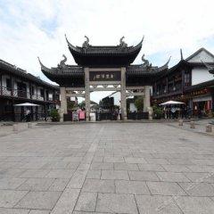 Отель Zhouzhuang Chen jia compound boutique inn парковка