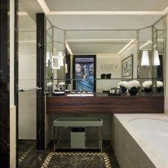 Prince de Galles, a Luxury Collection hotel, Paris ванная фото 2