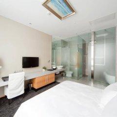 Отель Royal Tulip Luxury Hotels Carat Guangzhou Гуанчжоу комната для гостей фото 5