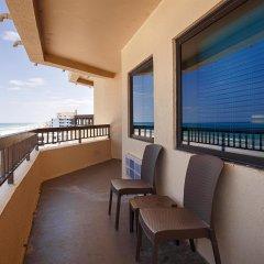 Отель Best Western Oceanfront - New Smyrna Beach балкон