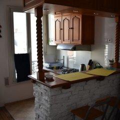 Апартаменты Large 1 Bedroom Apartment in Paris в номере
