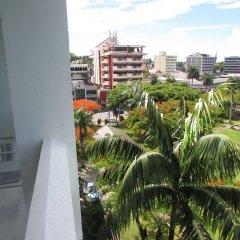 Отель De Vos on the Park Фиджи, Вити-Леву - отзывы, цены и фото номеров - забронировать отель De Vos on the Park онлайн балкон