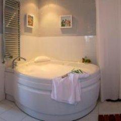 Отель Casona Las Cinco Calderas Испания, Рибамонтан-аль-Мар - отзывы, цены и фото номеров - забронировать отель Casona Las Cinco Calderas онлайн ванная фото 2