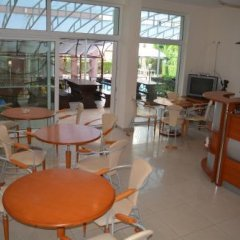 Отель Africana Болгария, Свети Влас - отзывы, цены и фото номеров - забронировать отель Africana онлайн питание фото 3