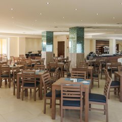 Lavris Hotel Bungalows питание
