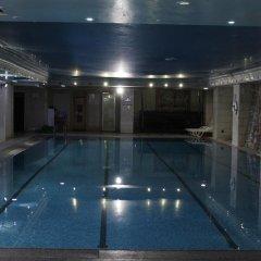Rest Hills Hotel бассейн