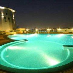 Отель Seven Place Executive Residences Бангкок бассейн