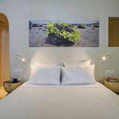 Отель Porto Fira Suites Греция, Остров Санторини - отзывы, цены и фото номеров - забронировать отель Porto Fira Suites онлайн комната для гостей фото 2