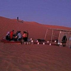 Отель Camels House Марокко, Мерзуга - отзывы, цены и фото номеров - забронировать отель Camels House онлайн помещение для мероприятий фото 2