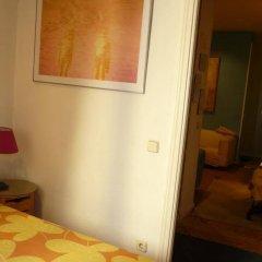 Отель Alvaro Residencia Испания, Мадрид - отзывы, цены и фото номеров - забронировать отель Alvaro Residencia онлайн комната для гостей фото 4