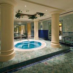 Leonardo Hotel Düsseldorf City Center бассейн