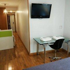Отель Ofi Испания, Ла-Корунья - отзывы, цены и фото номеров - забронировать отель Ofi онлайн удобства в номере фото 2