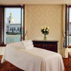 Отель The Westin Europa & Regina комната для гостей фото 4