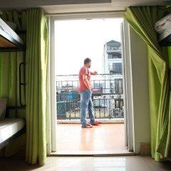 Отель Hanoi Old Quarter Backpacker Вьетнам, Ханой - отзывы, цены и фото номеров - забронировать отель Hanoi Old Quarter Backpacker онлайн балкон