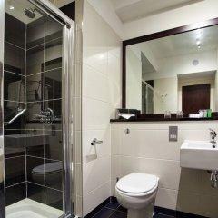 Отель Carlton Hotel Blanchardstown Ирландия, Дублин - отзывы, цены и фото номеров - забронировать отель Carlton Hotel Blanchardstown онлайн ванная