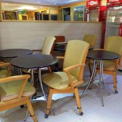 Отель China Guest Inn Бангкок гостиничный бар