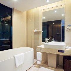 Отель Huaqiang Plaza Hotel Shenzhen Китай, Шэньчжэнь - 1 отзыв об отеле, цены и фото номеров - забронировать отель Huaqiang Plaza Hotel Shenzhen онлайн ванная