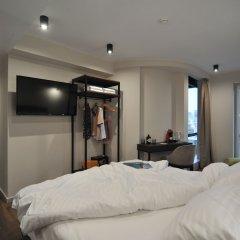 B4B Athens 365 Hotel сейф в номере