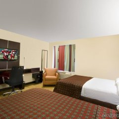 Отель Red Roof Inn PLUS+ Columbus Downtown - Convention Center комната для гостей фото 3