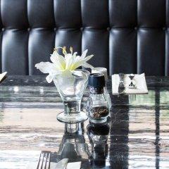 Отель New West Inn Нидерланды, Амстердам - 6 отзывов об отеле, цены и фото номеров - забронировать отель New West Inn онлайн бассейн