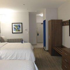 Отель Charter Inn and Suites удобства в номере