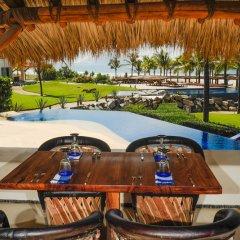 Отель Las Palmas Resort & Beach Club Мексика, Коакоюл - отзывы, цены и фото номеров - забронировать отель Las Palmas Resort & Beach Club онлайн балкон