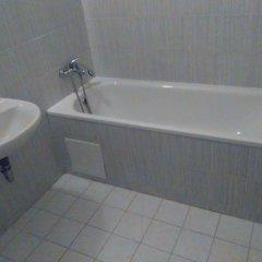 Отель Club Hotel Praha Чехия, Прага - 2 отзыва об отеле, цены и фото номеров - забронировать отель Club Hotel Praha онлайн ванная