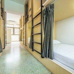 Sloth Hostel Бангкок комната для гостей фото 3